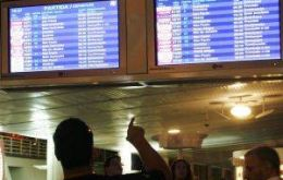 Hundreds of flights from major airports were delayed
