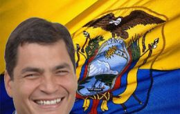 Pte. Rafael Correa have a 76% support according lasted poll