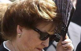 Pinochet widow still at Santiago Military Hospital