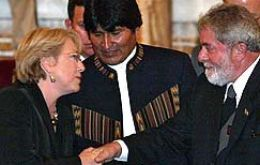 Pte  Morales with his counterparts Bachelet and Lula
