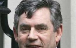Stormy summer for British PM Gordon Brown