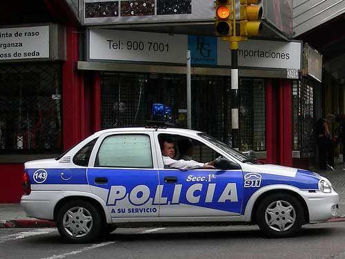 striking policemen replaced by soldiers  u0026 sailors in