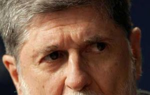 "Amorim: ""Formally"" Brazil will not be acting as ""mediator"" between USA and Cuba"