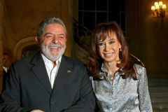 Pte. Lula and his counterpart CFK: The odd couple, thumbs up, thumbs down