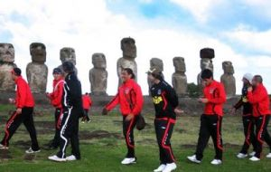 Colo Colo easily dispatched the locals Rapa Nui, 4-0.