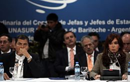 In spite of tense moments the summit tabled by Cristina Kirchner had all twelve presidents round an only table (Photo EFE)
