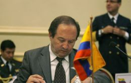 Ecuadorian Defence minister expects results from the coming Quito meeting