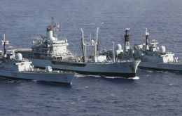 RN HMS York, HMS Gold Rover and HMS Gloucester