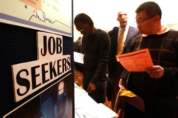 Record world unemployment in 2009: not much better this year, says ILO
