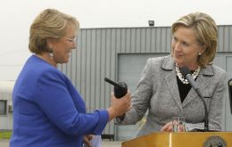 """We are committed to our partnership and friendship with Chile"" said Secretary of State Hillary Clinton to President Bachelet."