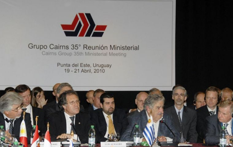 President Mujica inaugurated the Cairns Group meeting in Punta del Este