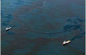 Experts have been unable so far to cap the ruptured underwater well