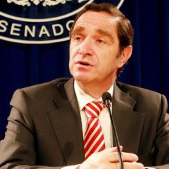 "Senator Hernán Larraín: in some countries Chile is becoming the ""scapegoat for local political problems"""