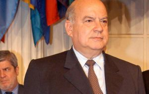Jose Miguel Insulza defended the role of OAS