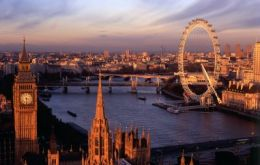 Foreign visits to UK fell 6.3%, but London remained the most popular attraction