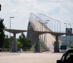 The San Martin bridge that links Gualeguaychú with Fray Bentos, next to the Botnia/UPM pulp mill