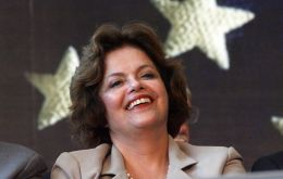 Dilma Rousseff still waiting for the magic popular contagion from Lula da Silva