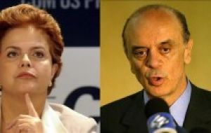 Dilma confident under the umbrella of her popular master