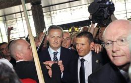 Bruno Le Maire surrounded by farmers at the livestock show
