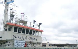 "The Audax II, originally the ""Yehuin"" covered in graffiti (Pic El Malvinense)"
