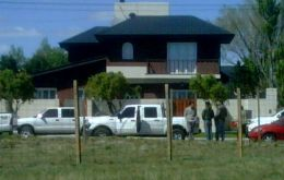 The family is currently resting in his new house in Rio Gallegos