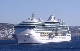 """Brilliance of the Seas"" endured rough weather en route to"