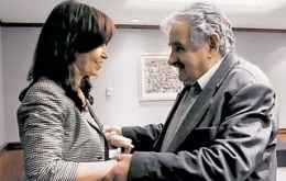 President Mujica publicly thanked his Argentine peer, Cristina Fernandez