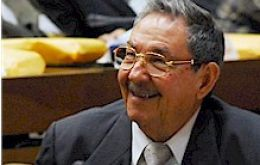 President Raul Castro can smile and show clean hands