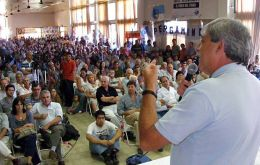 Eduardo Buzzi during the farmers meeting