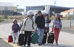 Punta Arenas airport also remain blocked during the protest (Photo LPA)