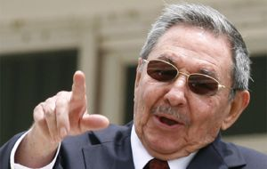 Party is over, Raul Castro strong message to government officials