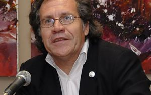 "Foreign Affairs minister Luis Almagro: ""relations with Israel are paramount"""