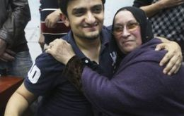 Wael Ghonim met the mother of dead businessman Khaled Said in Tahrir Square on 8 February (Photo AP)
