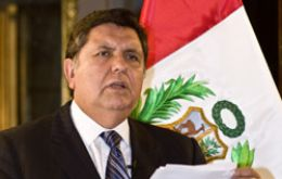 President Alan Garcia called for a 70 billion USD export target by 2015