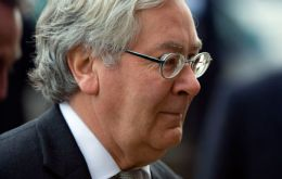 BoE governor Mervyn King forecast UK inflation could rise to 4-5% in coming months