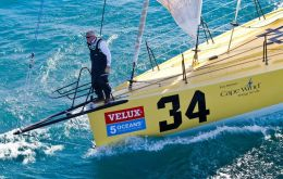 Brad Van Liew leading the regatta with Le Pengouin (Photo by Ainhoa Sanchez/w-w-i.com)