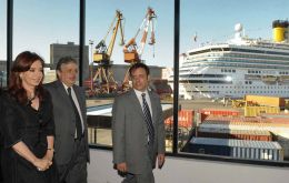 Argentine president inaugurates new cruise ship terminal