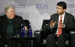 Mississippi Governor Haley Barbour and Louisiana Governor Bobby Jindal pressed the ITC to retain the tariffs