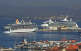 Cruise vessels docked in Gibraltar