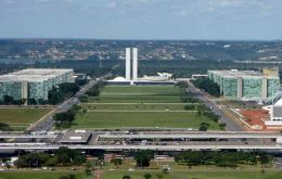 The capital Brasilia has the best marks