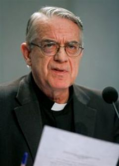 Vatican spokesperson Jesuit Father Federico Lombardi read a brief release