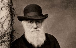 Charles Darwin sailed all along the 2.600 miles of the Chilean coast