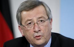 "Jean-Claude Juncker, head of the group of Euro zone finance ministers described the version as ""stupid"" (Photo AP)<br />"