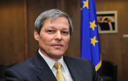 EC Agriculture Commissioner Dacian Ciolos faces two great challenges: CAP and EU budget reform