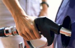 Gasoline prices rose 3.3% in April