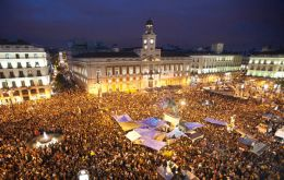 Protestors are organized for a long stay in Puerta del Sol square