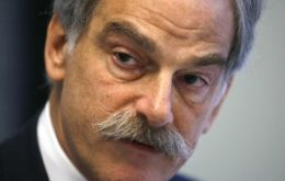 US economist Lipsky is IMF acting Managing Director