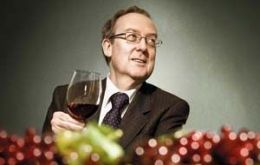 Eduardo Guilisasti increased company's wine sales from 172 million to 735 million USD between 2001 and 2010
