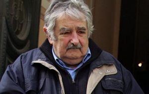 "President Mujica: ""I won't decide, nor will they, and you will have to vote""."