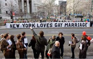 NY gays celebrate approval of the bill